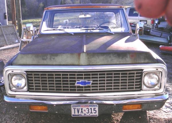 1971 Chevrolet C/10 Truck front