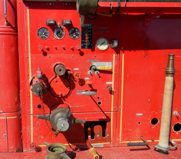Mack gauges